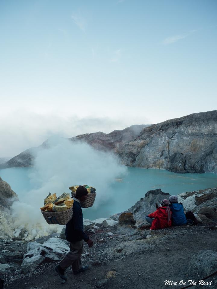 Ijen|最美的风景  最危险的工作